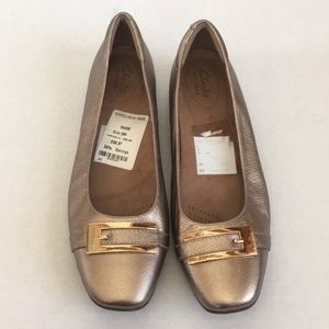 Clarks Artisan CANDRA GLARE Gold Leather Flats 9M